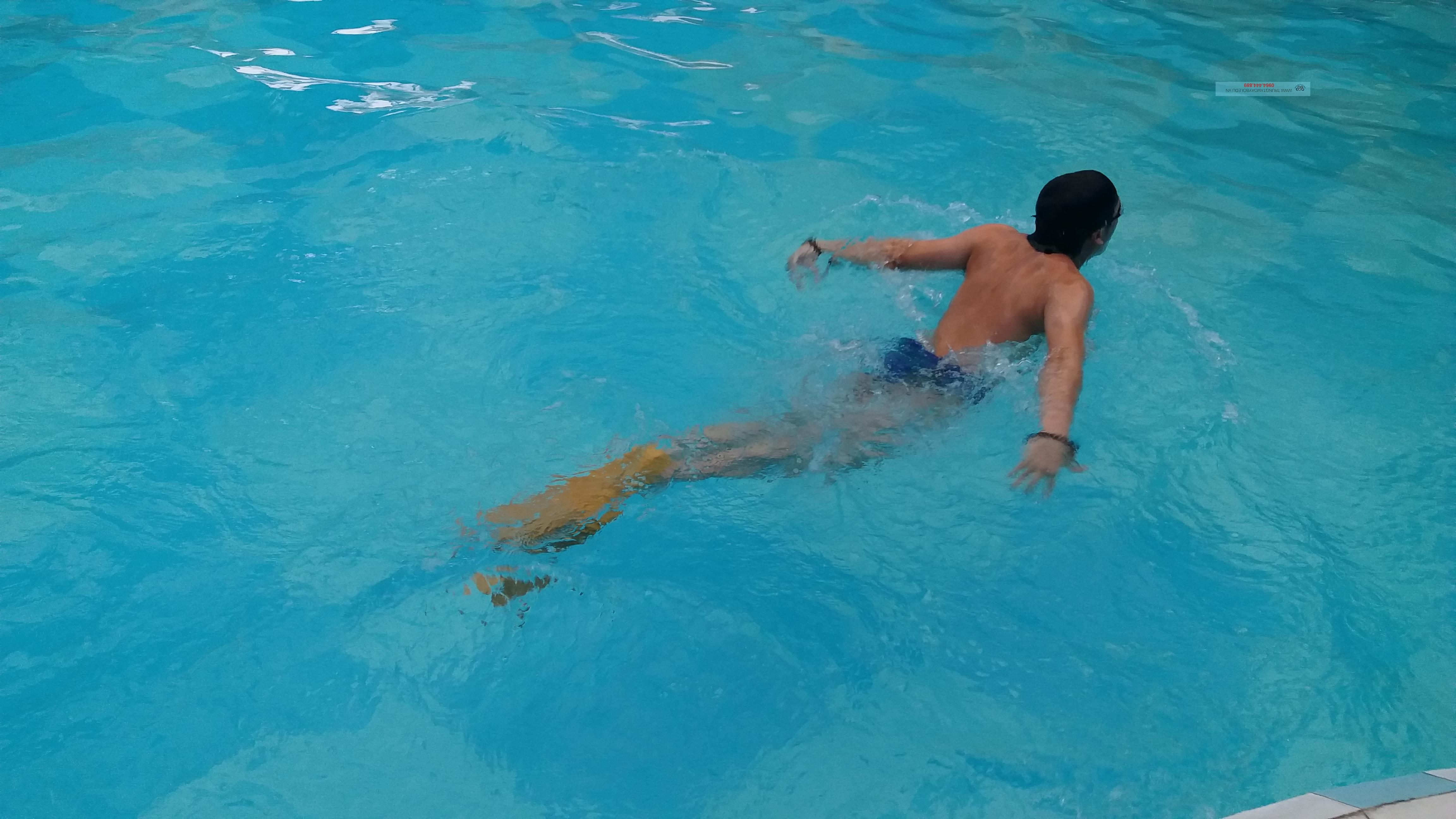 Tư thế thân người trong Bơi Bướm