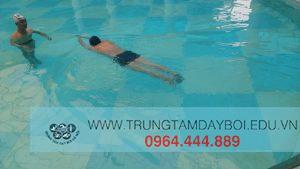Bơi lội cho bạn cơ thể dẻo dai