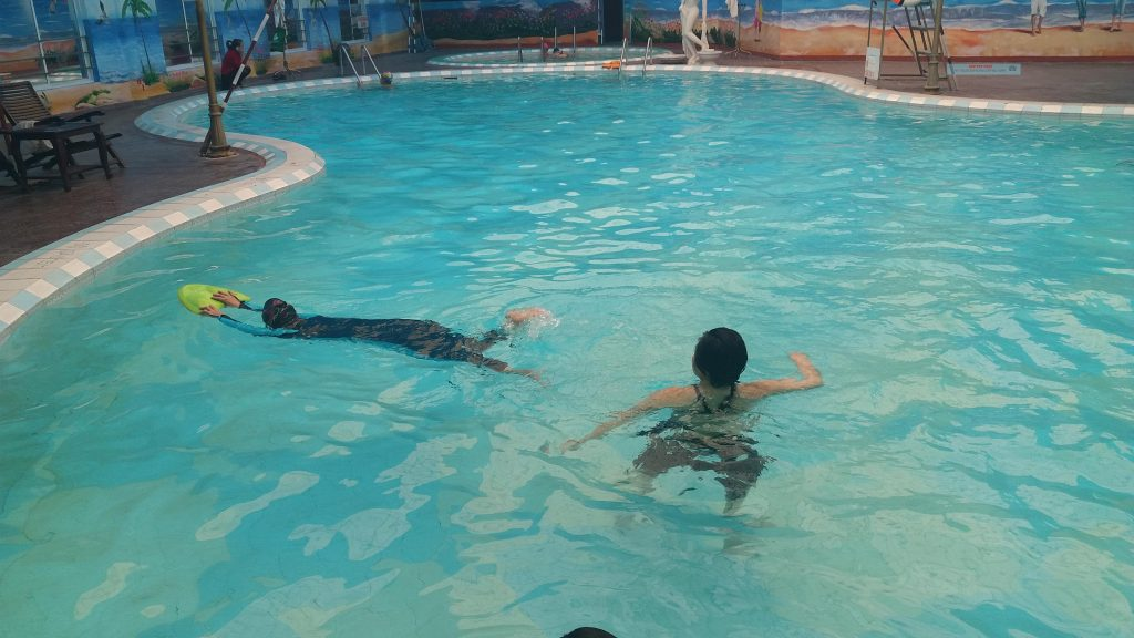 Hình ảnh lớp học bơi nâng cao 1  Hình ảnh lớp học bơi nâng cao 1  Hình ảnh lớp học bơi nâng cao 1  Hình ảnh lớp học bơi nâng cao 1