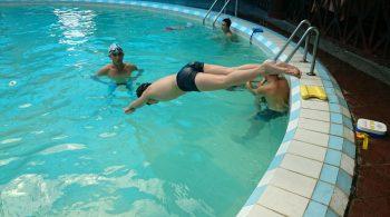 Lớp học bơi cơ bản
