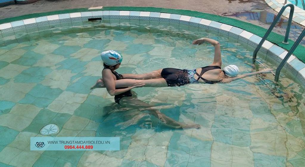 Dạy Bơi Cấp Tốc  Dạy Bơi Cấp Tốc  Dạy Bơi Cấp Tốc