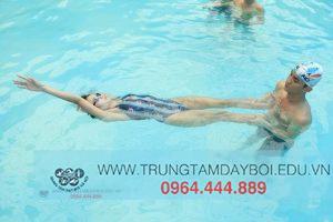 Kỹ thuật TAY trong Bơi Ngửa
