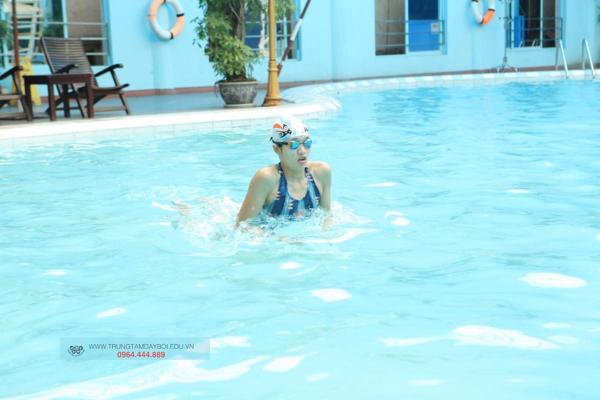 Kiểu bơi giảm cân hiệu quả nhất?  Kiểu bơi giảm cân hiệu quả nhất?