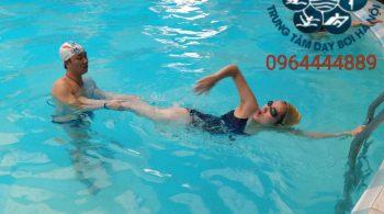 Dạy bơi Hà Nội - Trung tâm dạy bơi cấp tốc